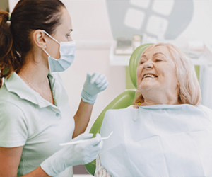 cosmetic-dentistry-for-seniors-attending-your-needs